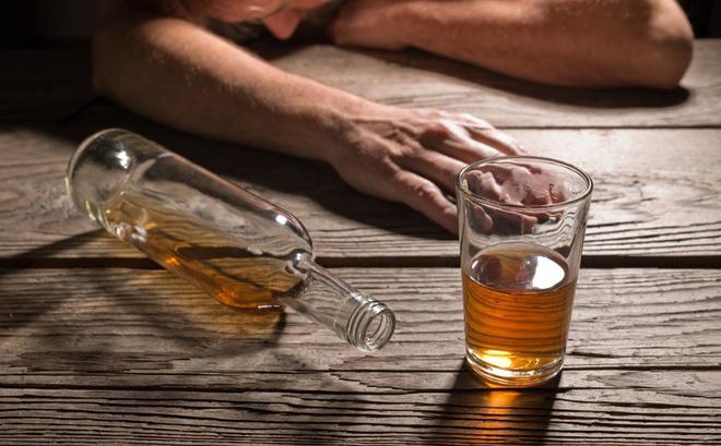 Người đã ở tuổi trung niên, có 3 loại rượu không uống, 3 việc không làm và 3 người không chơi - Ảnh 1.