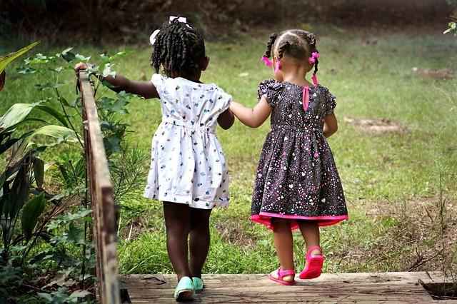 10 điều cha mẹ nhất định phải dạy nếu muốn con thành người tử tế, sống trách nhiệm - 2