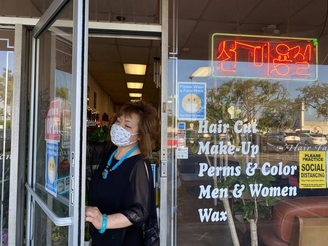 Việt kiều Mỹ: Tiệm nail California ùn ùn khách khi Thống đốc lệnh đóng cửa trở lại - ảnh 4